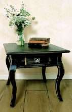 Cabriole Leg End Table