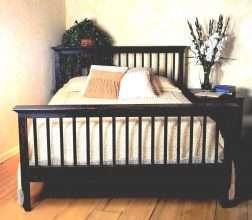 Cottage Bed (Queen)